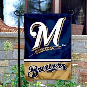 MLB MILWAUKEE BREWERS FAN FLAG NWT